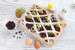 Пирог с ягодным ассорти